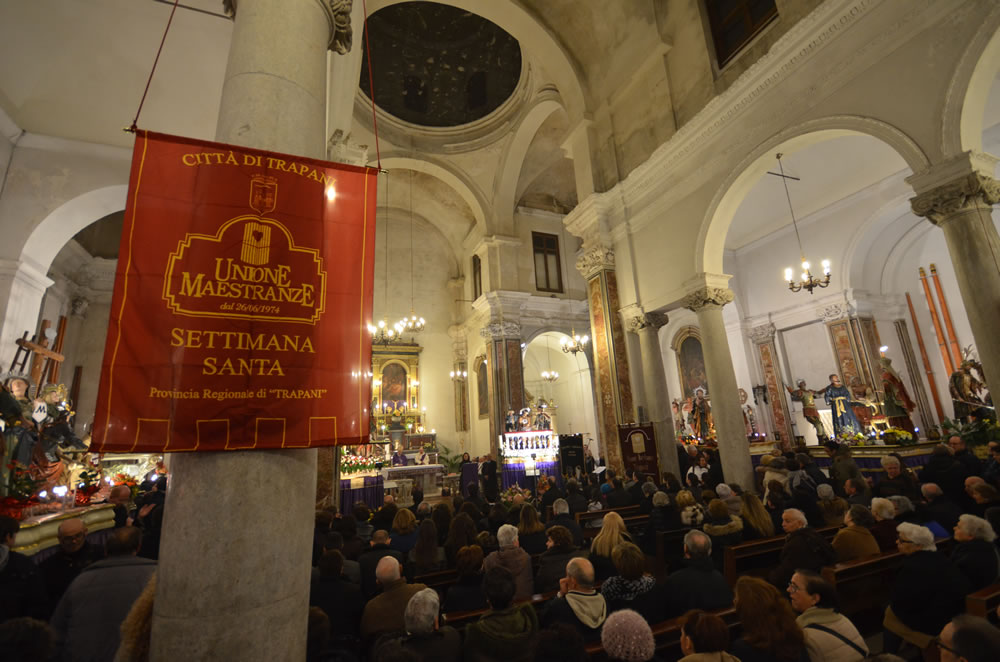 Il rito delle Scinnute a Trapani