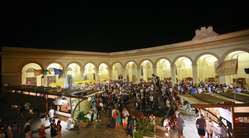 piazza-mercato-del-pesce